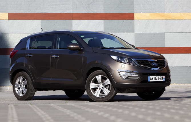 kia sportage 2 0 crdi spirit awd automatic photo kia. Black Bedroom Furniture Sets. Home Design Ideas