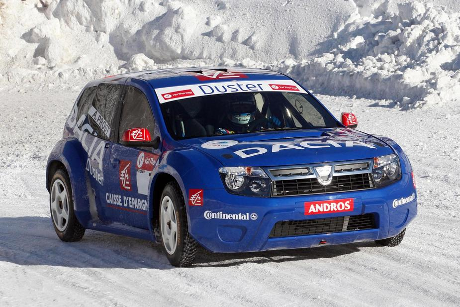 dacia presents the ice racing version of the duster news. Black Bedroom Furniture Sets. Home Design Ideas