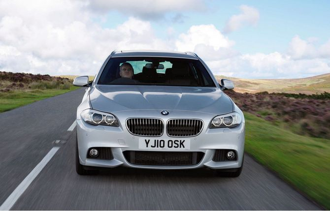 people bmw 535d touring m sport photo autoviva gallery 535 views. Black Bedroom Furniture Sets. Home Design Ideas