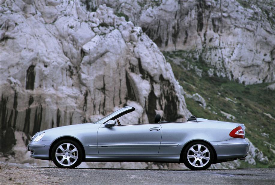 Mercedes benz clk 240 cabriolet 1 photo and 65 specs for Mercedes benz clk 240