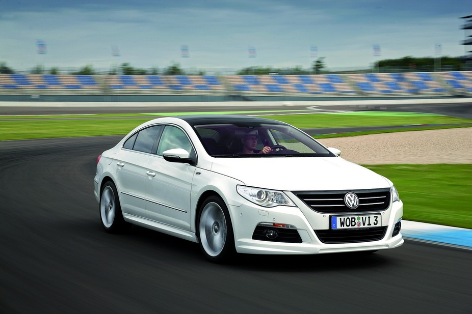 volkswagen passat cc 2 0 tdi dpf 2 photos and 52 specs. Black Bedroom Furniture Sets. Home Design Ideas